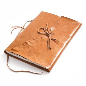 in echtem Leder gebunden für Fotoalbum Einschreibbuch Skizzenbuch Gästebuch Fadenheftung Made in Austria Buchbinderei Stundner