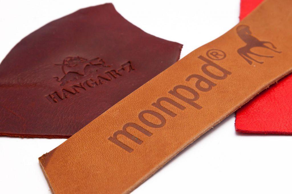 01-monpad-hangar-7-blindpraegung-buchbinderei-stundner