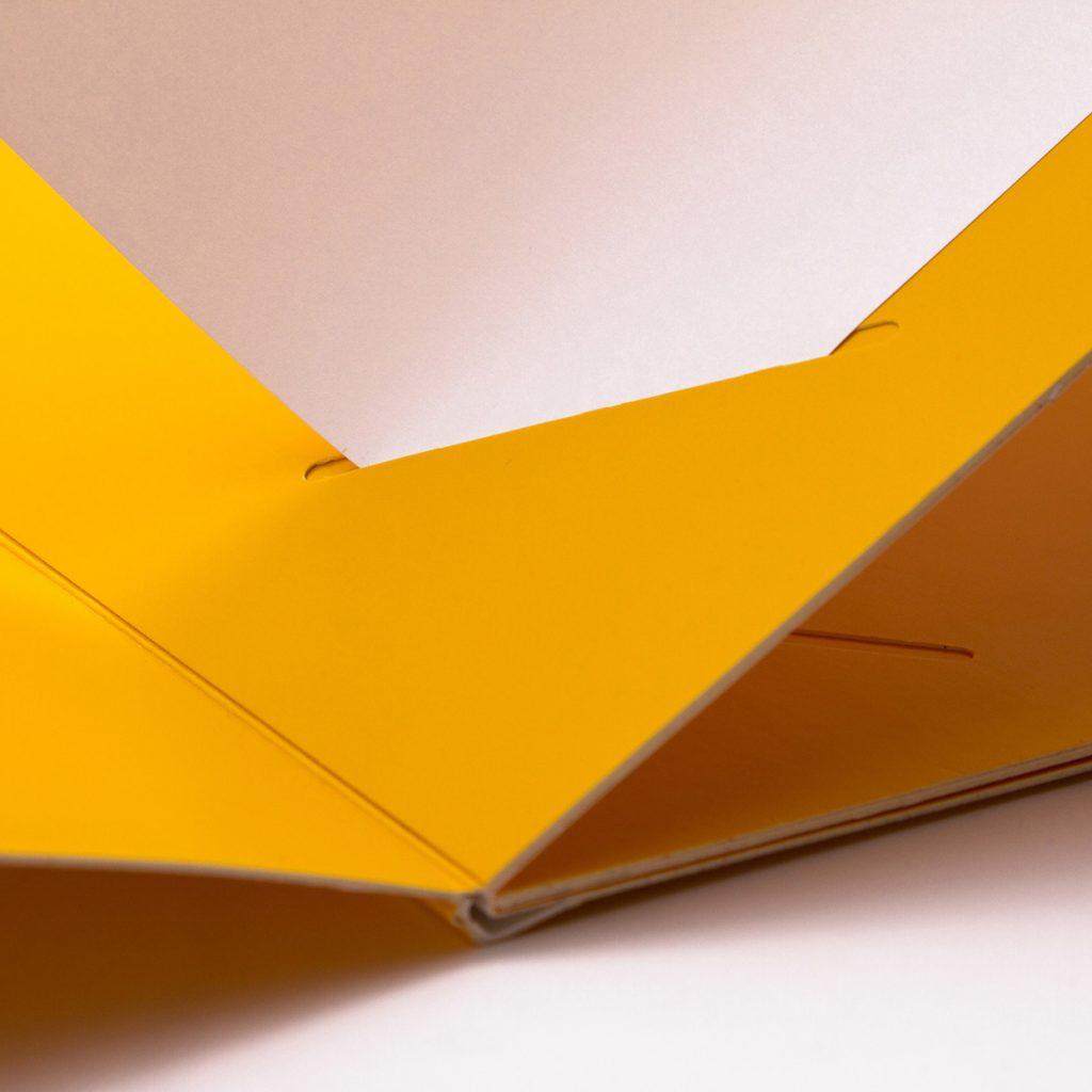 speisekarten einschübe weinkarten getraenkekarten hotolzubehoer gasthaus holzspeisekarten zirbenholz holz buchbinderei stundner salzburg