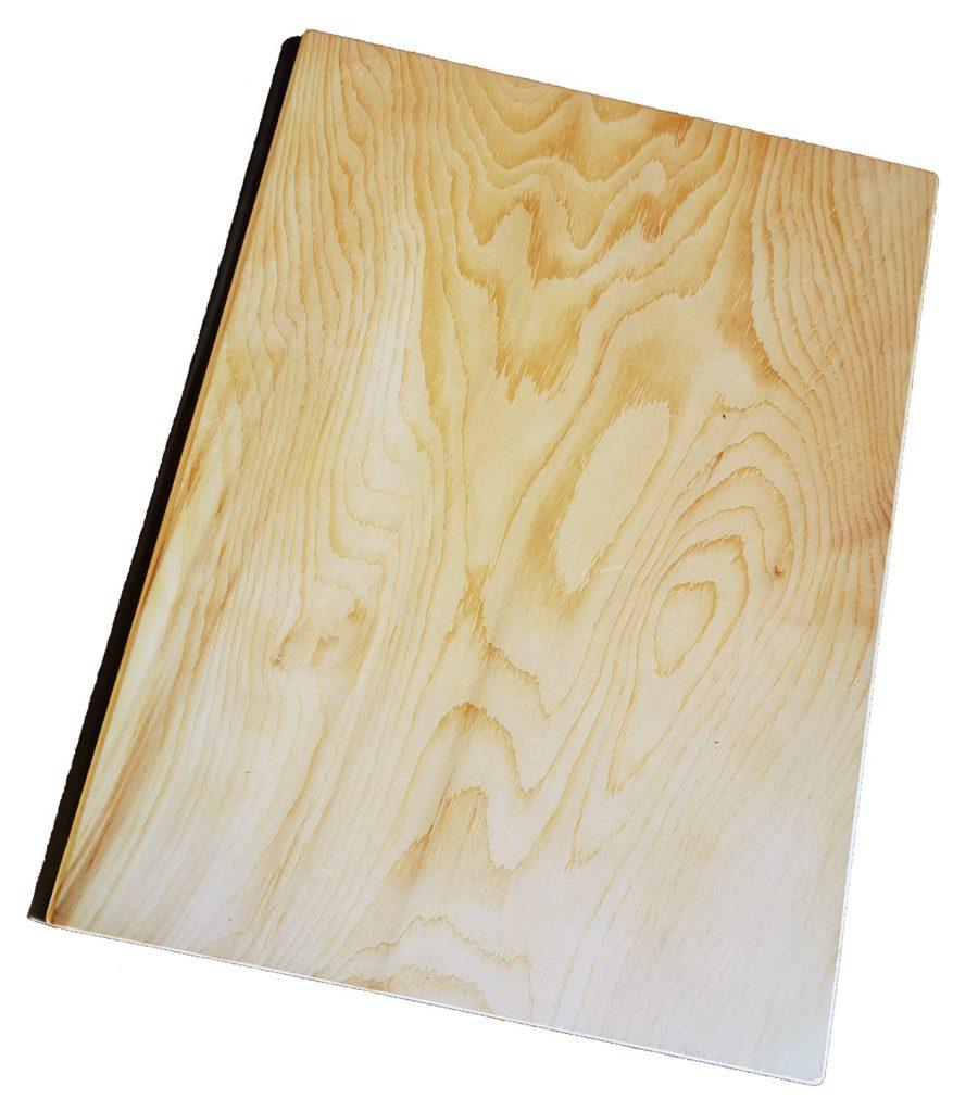 speisekarten holz zirbenholz und buchschrauben weinkarten getraenkekarten hotolzubehoer gasthaus holzspeisekarten zirbenholz holz buchbinderei stundner (2)