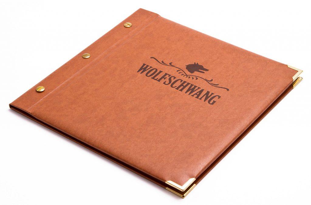 speisekarten wolfschwang weinkarten getraenkekarten hotolzubehoer gasthaus holzspeisekarten zirbenholz holz buchbinderei stundner